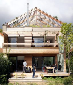 Sustainable eco-house in Paris with a flexible design.